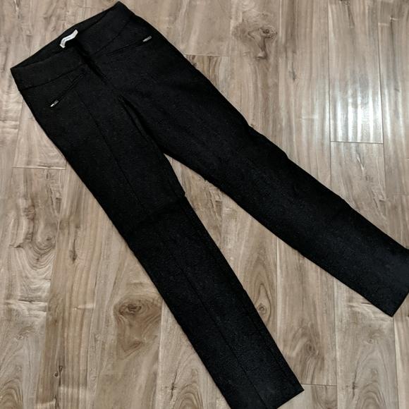 ❄️ 3/$25 Black Dark Grey Skinny Leg Dress Pants